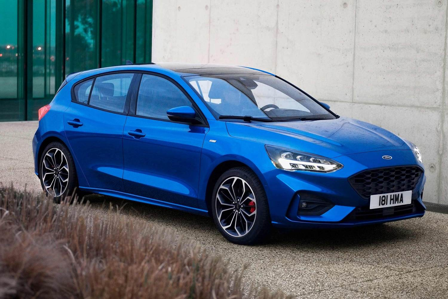 All New 2018 Ford Focus Revealed In London Motoring Research