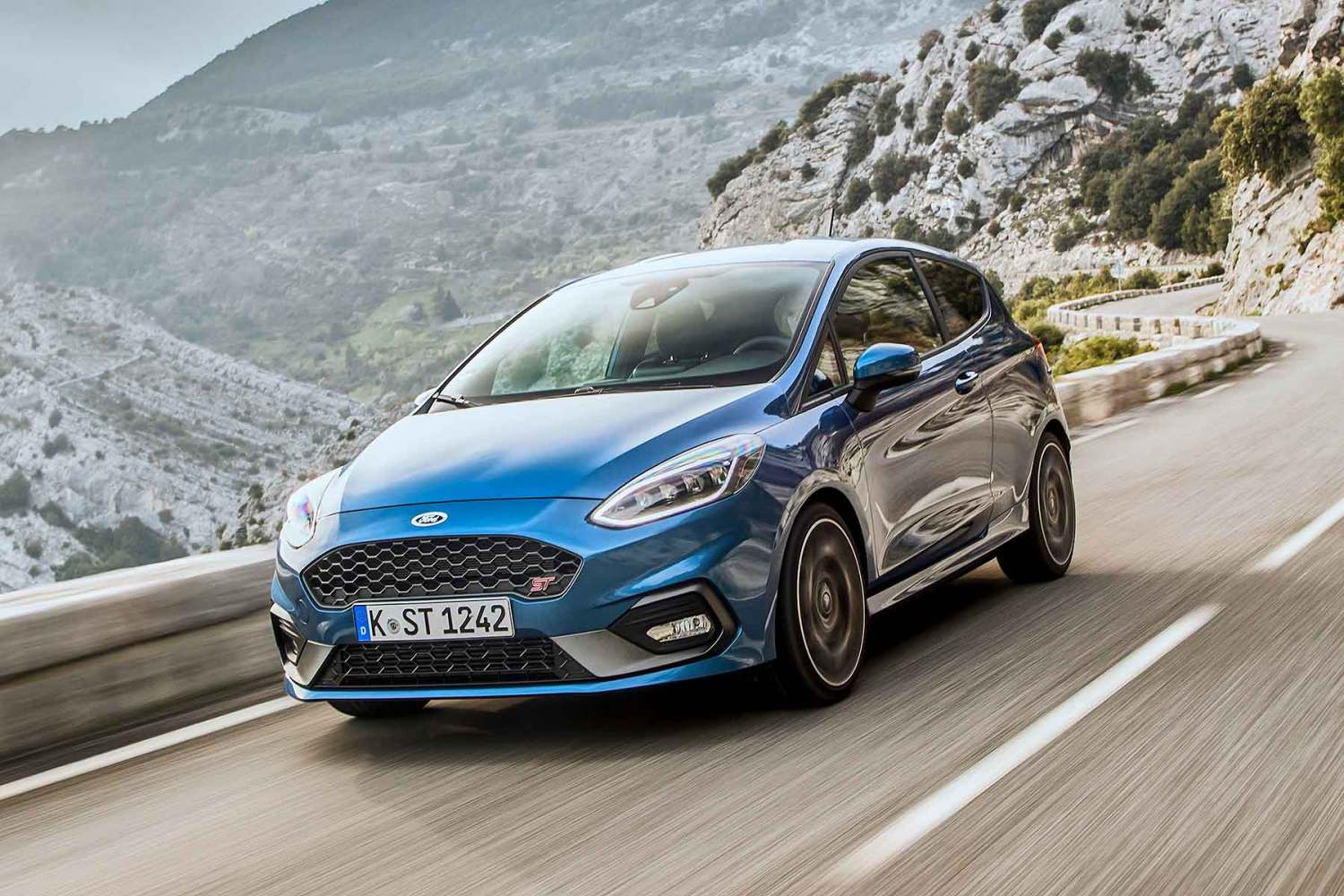 2018 Ford Fiesta ST in Performance Blue