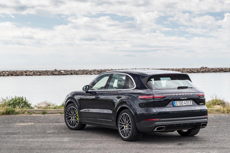 2018 Porsche Cayenne E-Hybrid review: demolishing the case for diesel