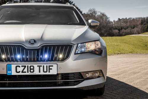 small resolution of armoured skoda superb estate on sale for 118 688