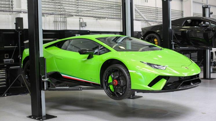 35_HR_Owen_Lamborghini