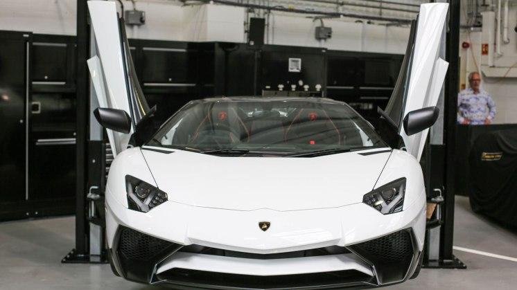 36_HR_Owen_Lamborghini