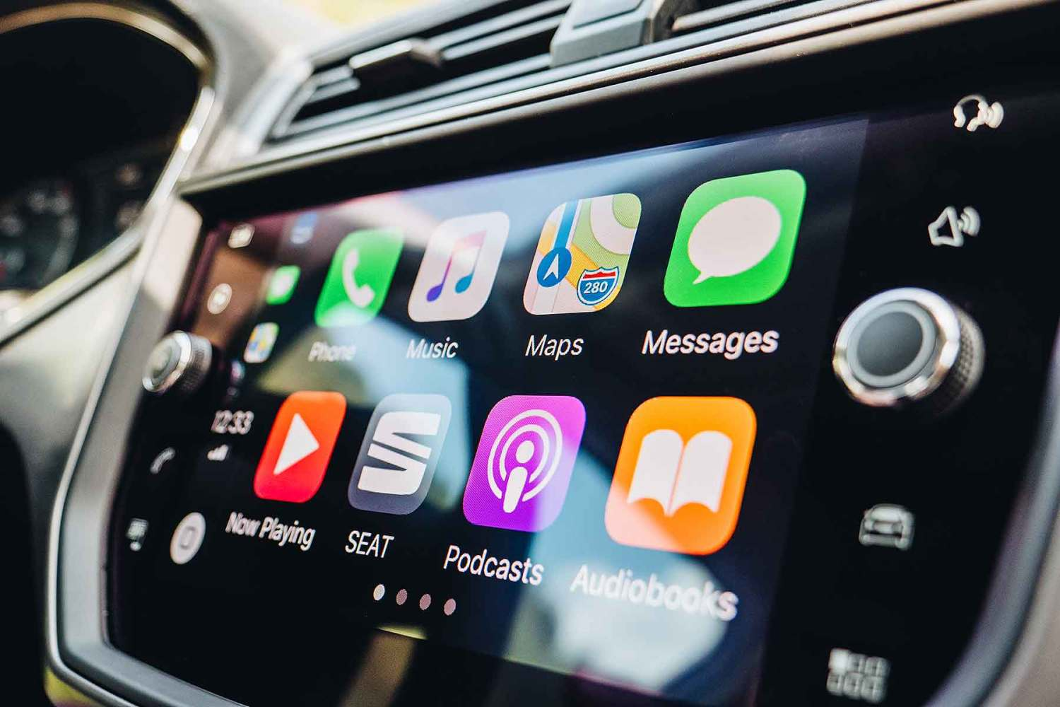 Apple CarPlay to finally offer Waze, Google Maps | Motoring Research