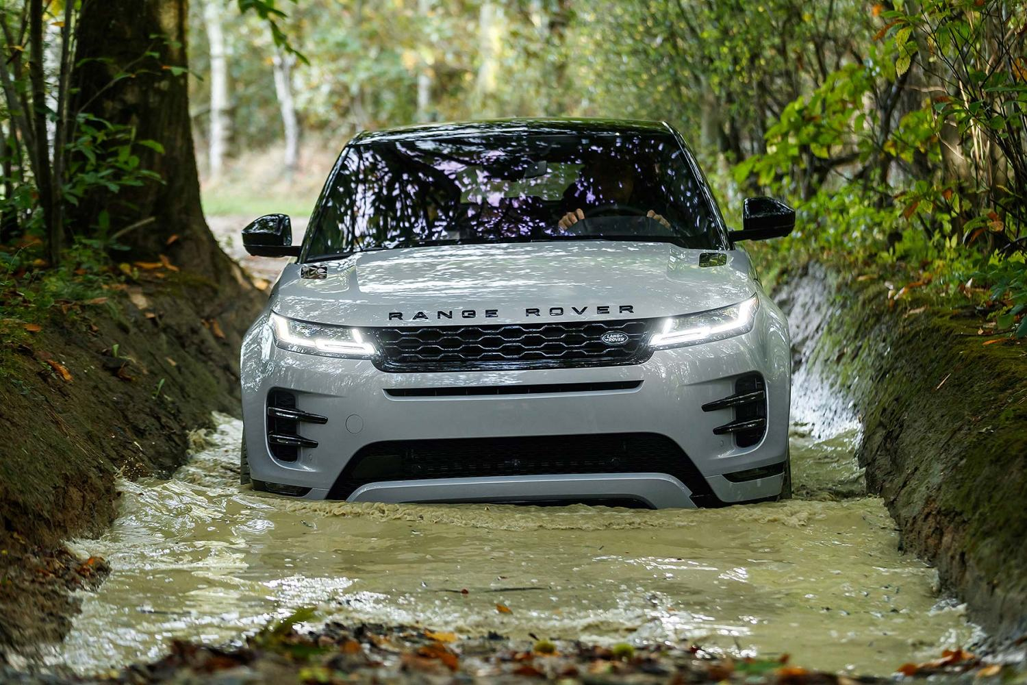 New 2019 Range Rover Evoque revealed – and ordering is open NOW