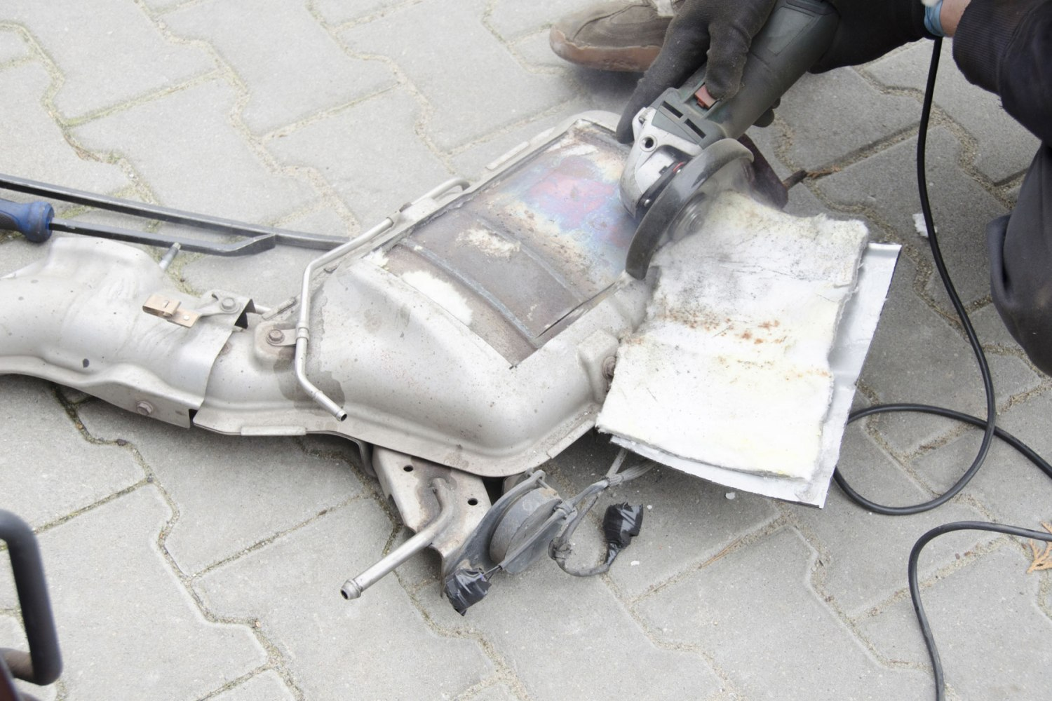 Diesel particulate filter removal