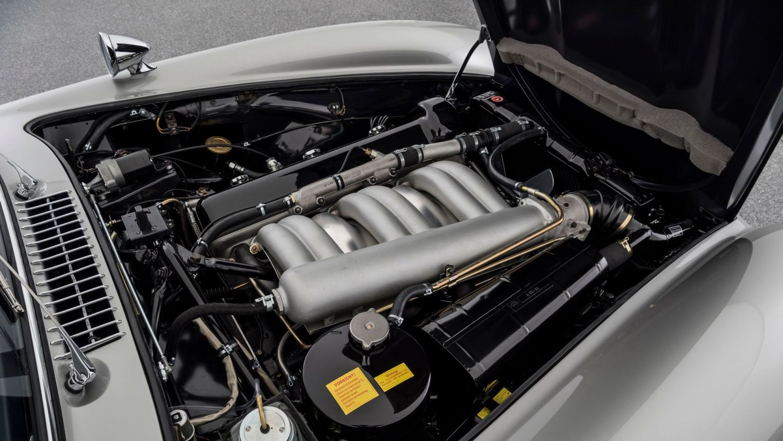 Brabus restores classic Mercedes-Benz to 'six-star' standard