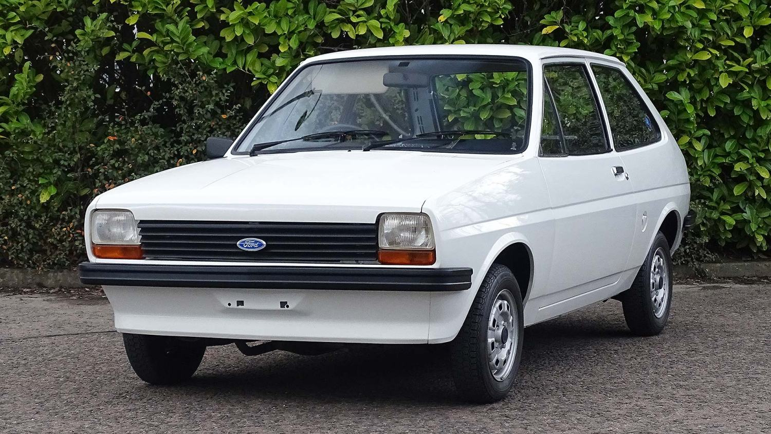 Ford Ford Auction >> This Timewarp 1978 Ford Fiesta Has Covered Just 141 Miles