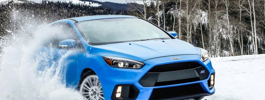Ford Focus RS in snow