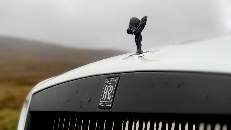 Rolls-Royce Wraith Black Badge Flying Lady
