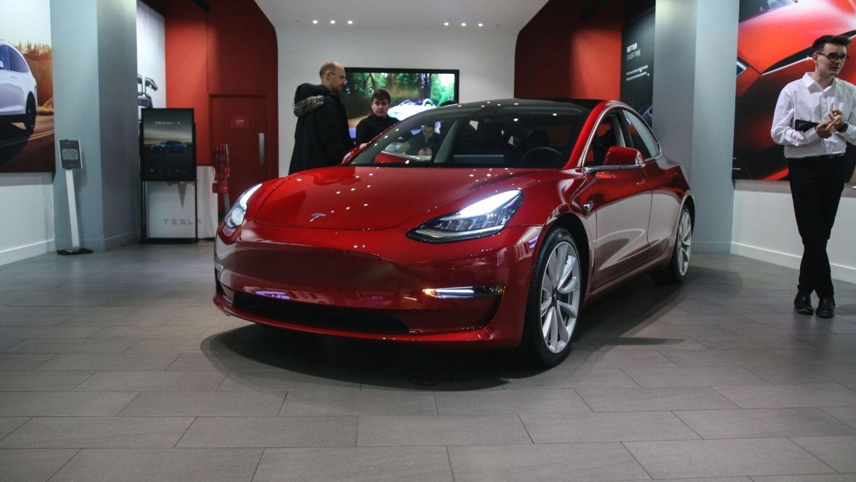 Electric car sales USA America Trump