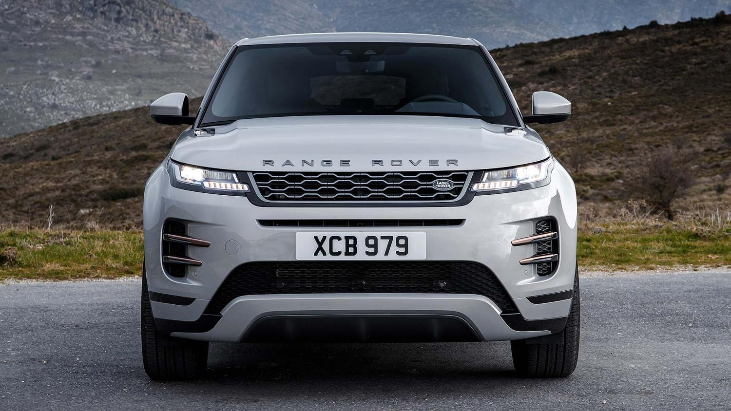 2019 Range Rover Evoque review: Remastered original | Motoring Research