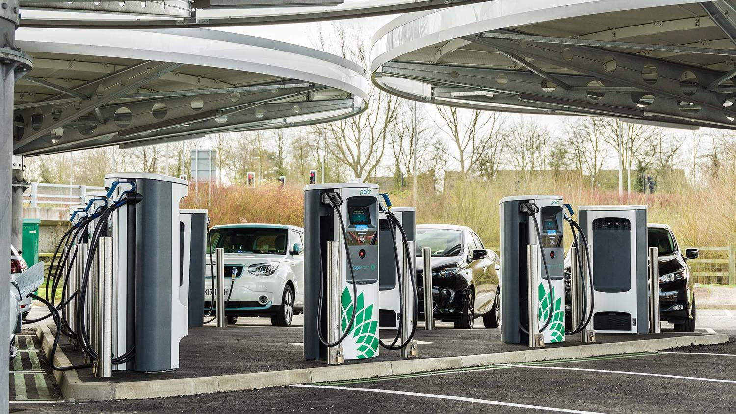 BP Chargemaster rapid charging hub at Milton Keynes Coachway