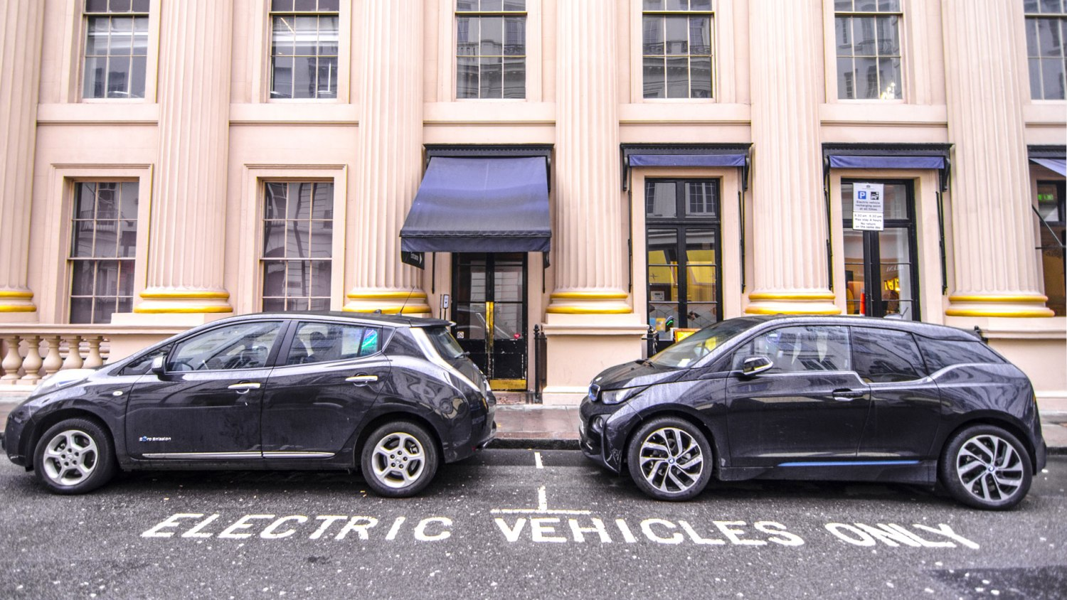 electric cars in London