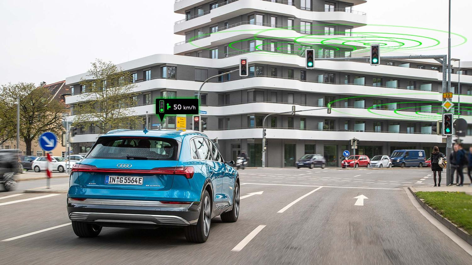 Audi traffic light information Europe