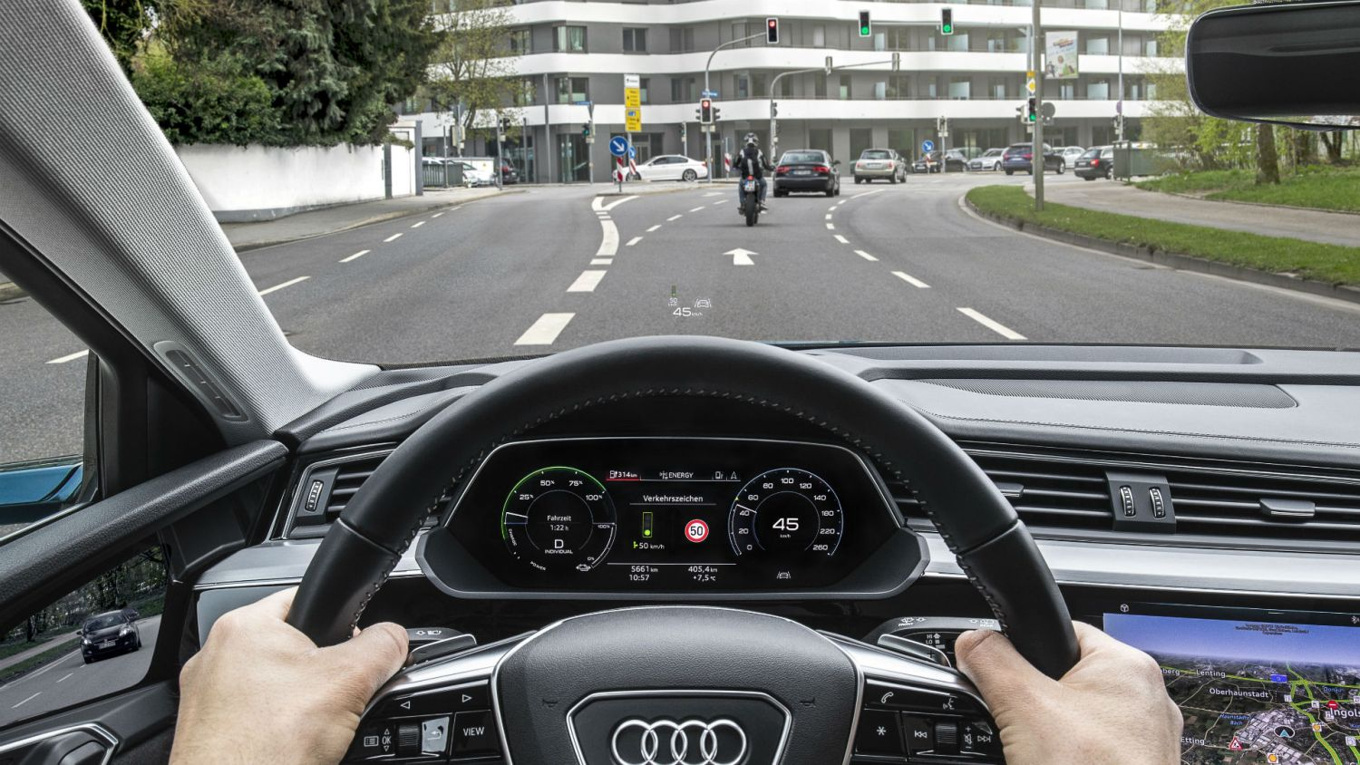 Audi traffic light service