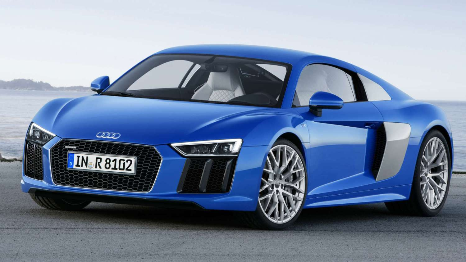 young drivers Audi R8