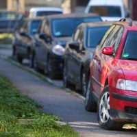 Warnings against blanket ban on pavement parking