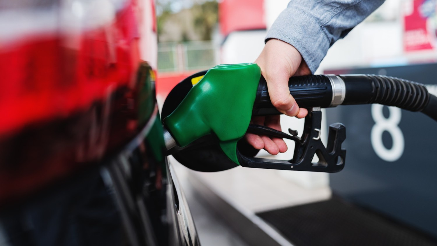 fuel prices drops UK