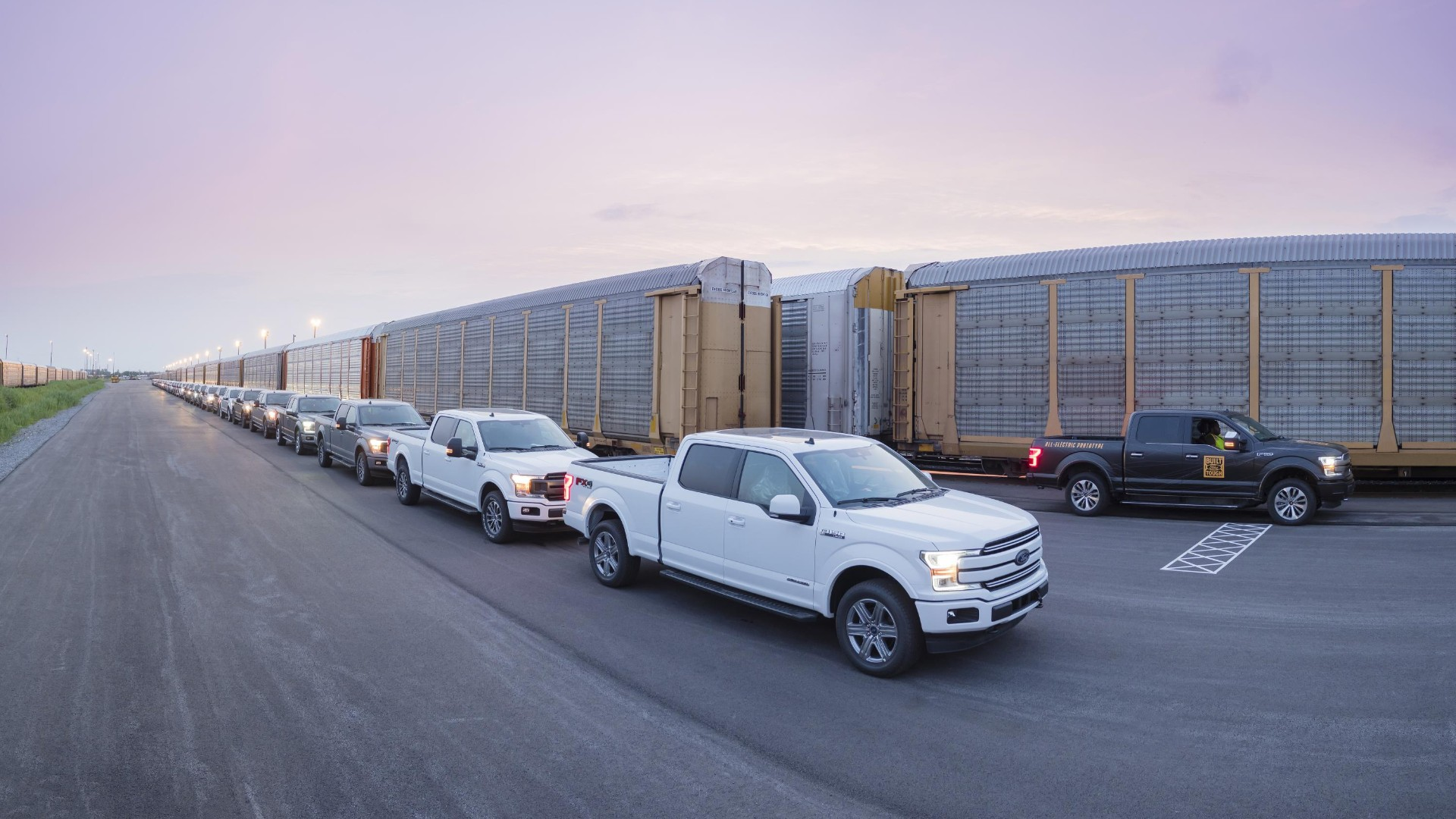 Battery-powered Ford F-150 towing 450 metric tons' worth of goods