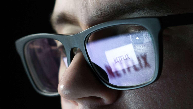 Netflix and YouTube coming soon to Tesla