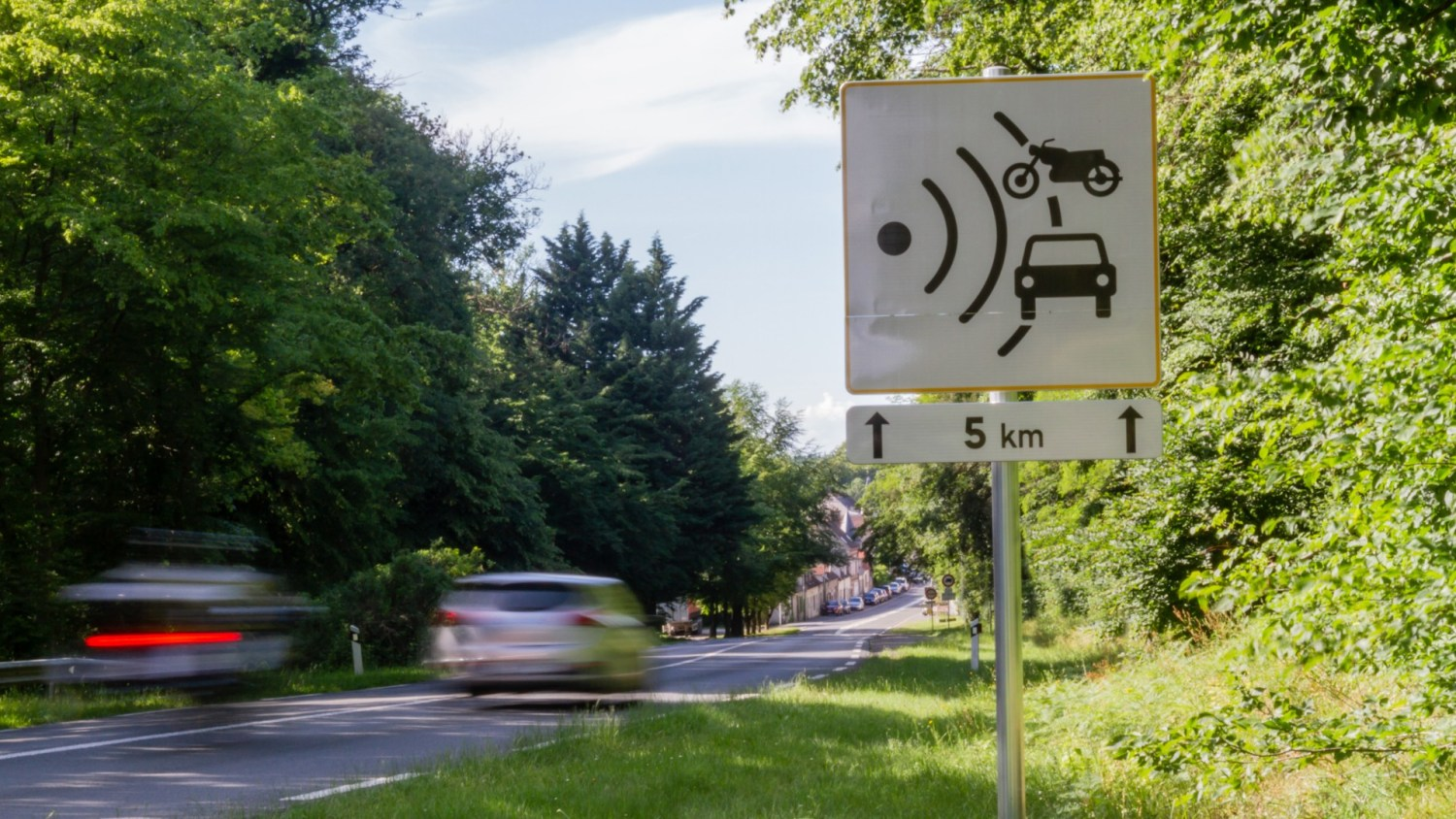 New French cameras and driving rules