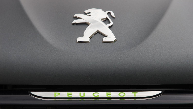 Peugeot motocycles sold to Mahindra