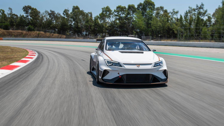 Cupra e-Racer takes first laps