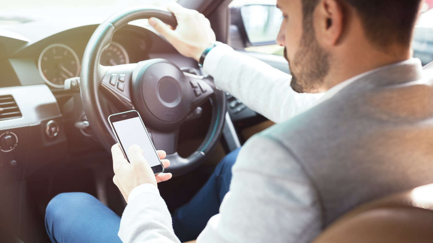 Opinion on mobile phone use at the wheel