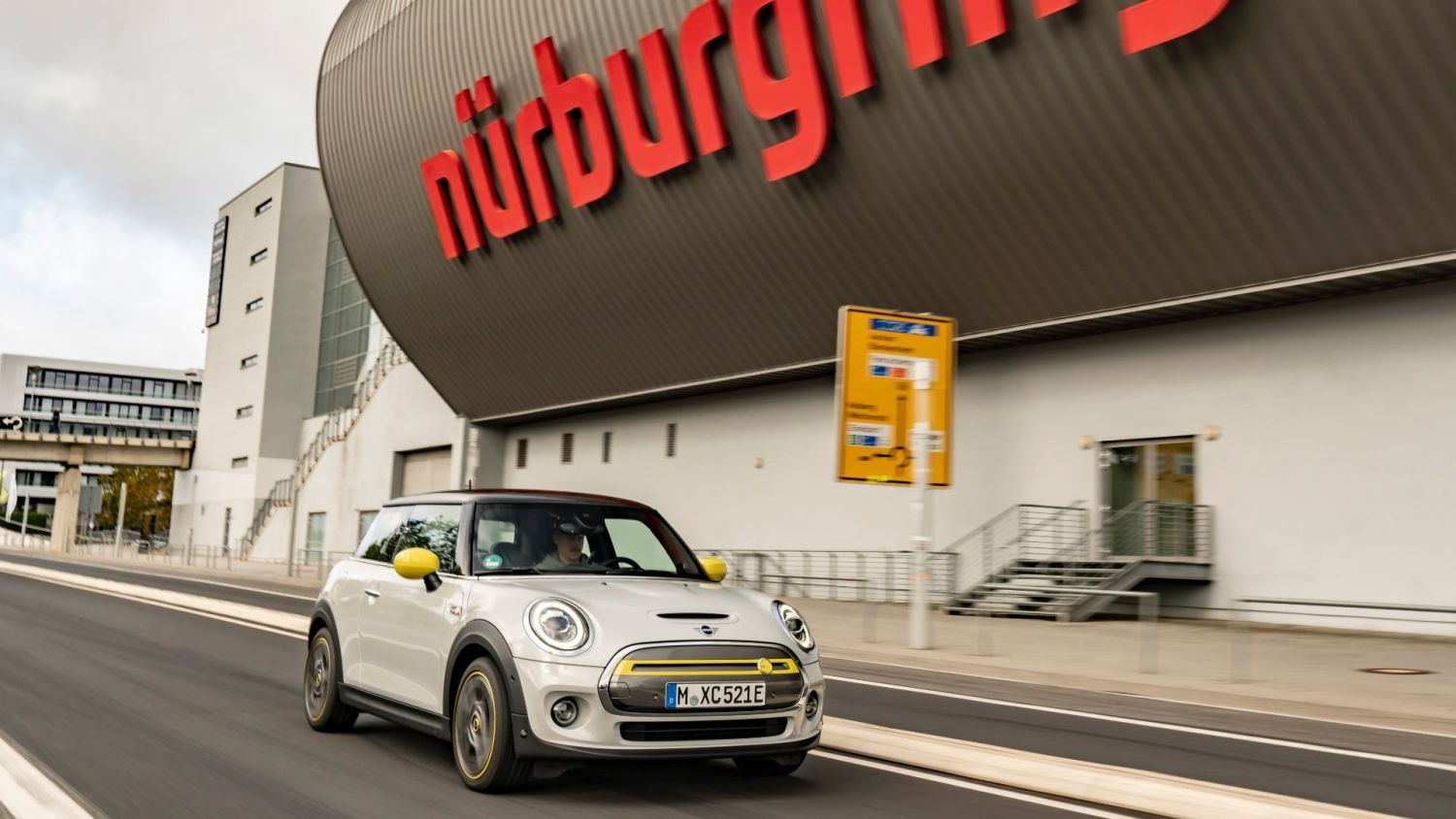 Mini Nurburgring no brakes