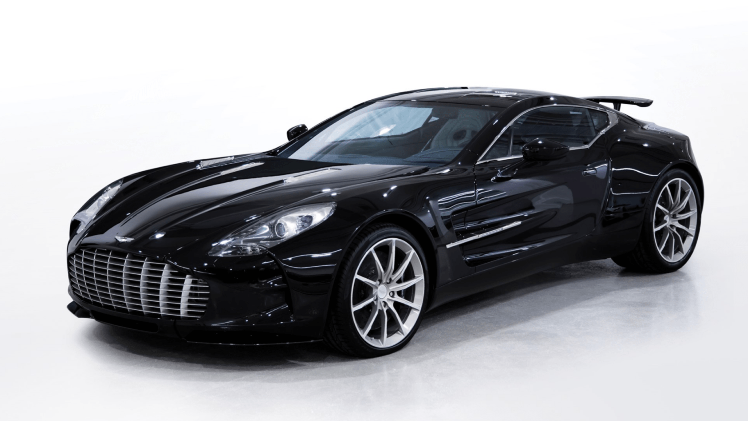 Aston Martin One-77 For Sale >> 2 Million Aston Martin Hypercar To Be Auctioned For Charity