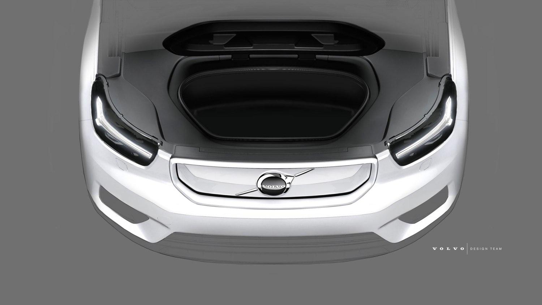 electric Volvo XC40 frunk