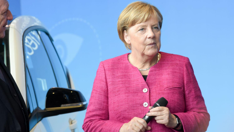 Angela Merkel wants one million charging points