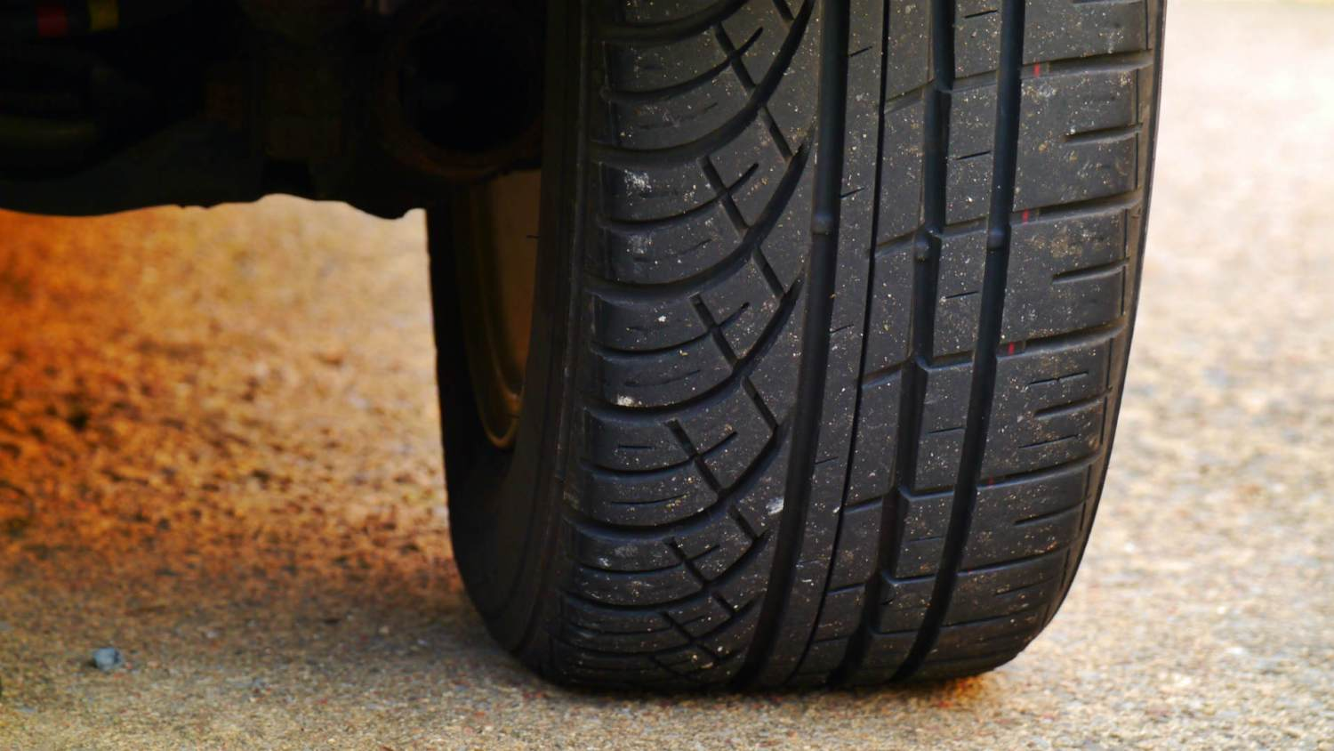 Car tyre wear
