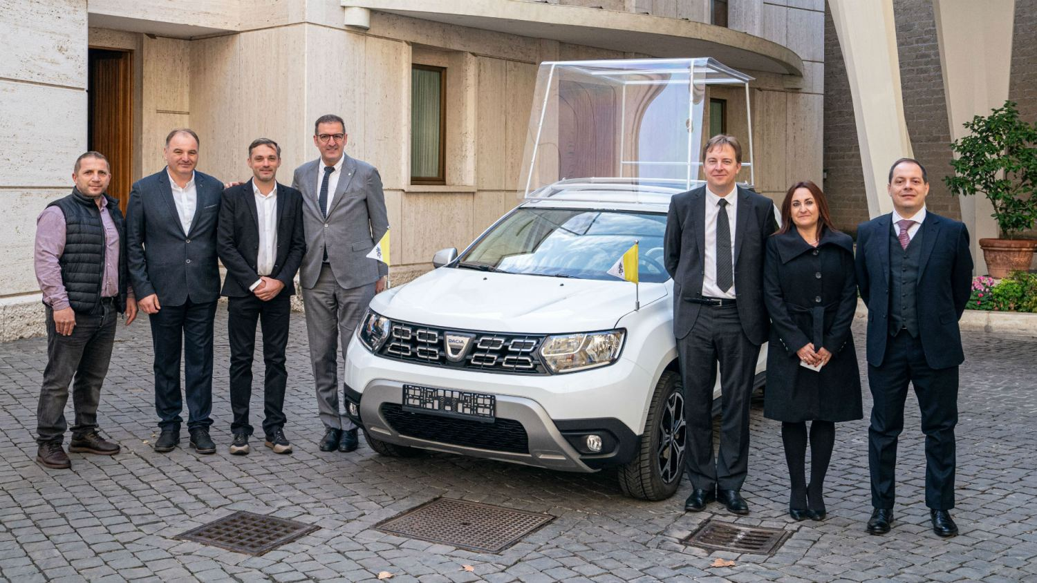 Dacia Duster 4x4 for the Pope