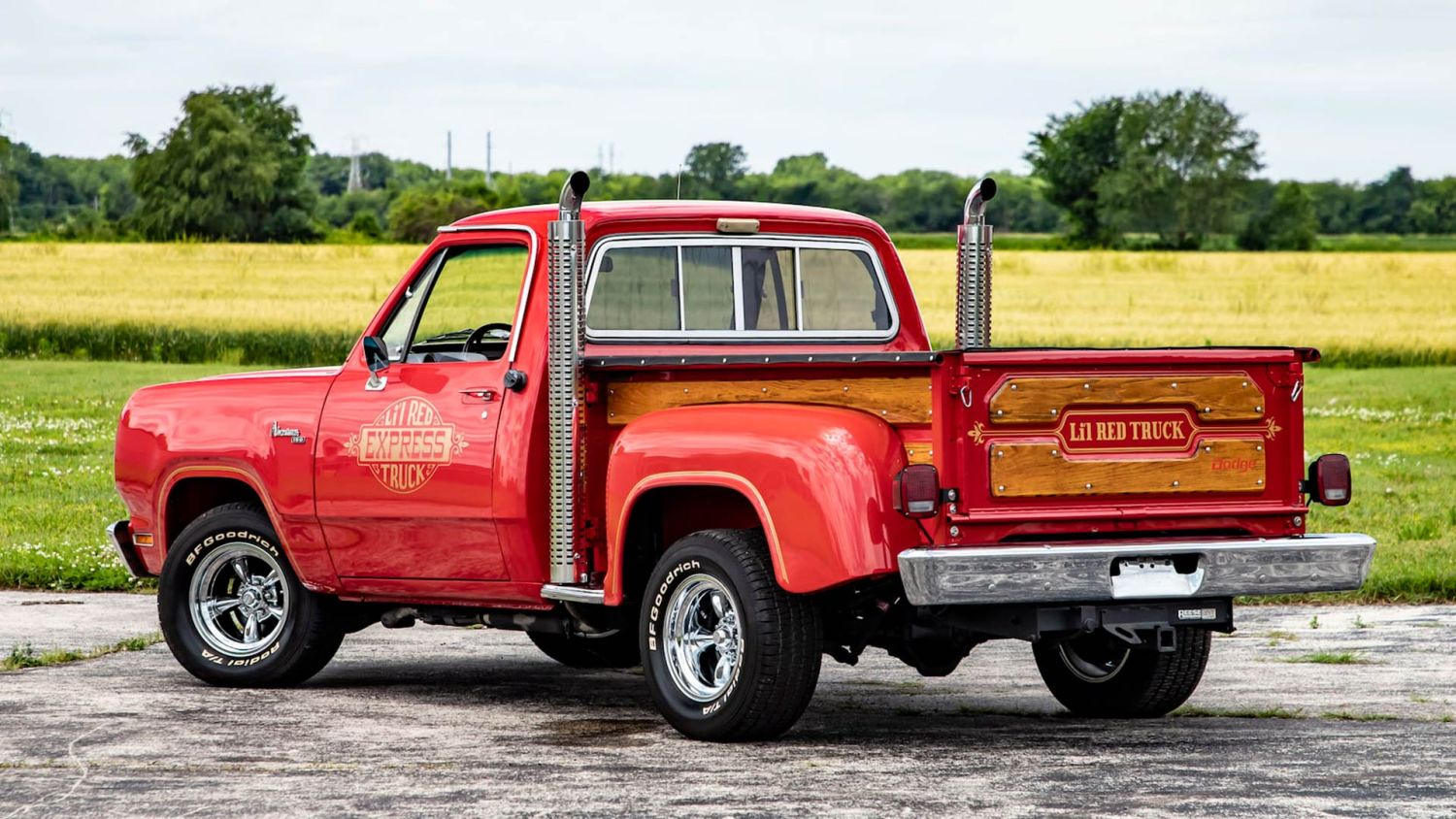 Load Up On Vintage Trucks And Suvs Crossing The Block In