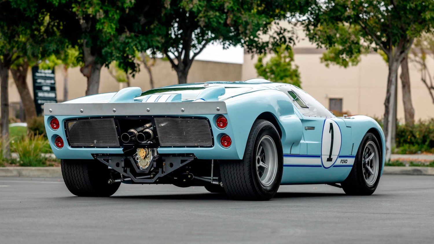 Ford Gt40 Replica For Sale >> Buy The Replica Gt40 Hero Car Actually Used In The Ford V