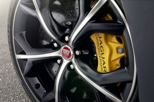 Jag_F-TYPE_R_Coup__Stratus_Detail_Image_201113_42_LowRes