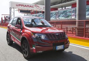 Mahindra SUV500 - CIV Safety Car