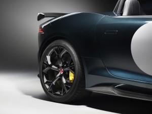 jaguar-iniziera-la-costruzione-della-f-type-project-7-la-piu-veloce-e-potente-jaguar-mai-realizzata-jag_f-type_project_7_image_250614_09_88967