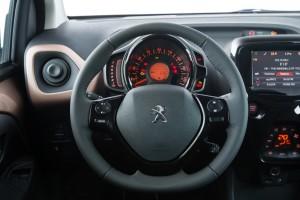 nuova-peugeot-108-tecnologia-e-personalizzazione-108_1406presstestdrive_156