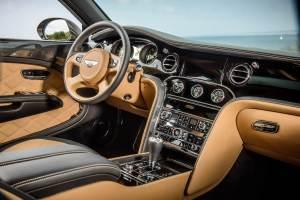 bentley-annuncia-la-nuova-mulsanne-speed-lesperienza-di-guida-extra-lusso-piu-veloce-del-mondo-jl8_7960