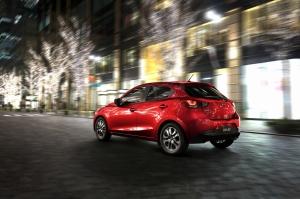 Mazda2_jap-pack_2014_003__jpg72
