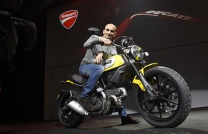 3-Ducati_2015_World_Premiere_Domenicali_03