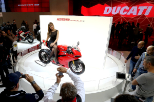 EICMA2014_Ducati_stand_01