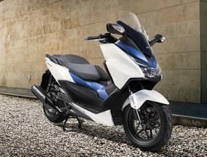 NEW-MODEL Forza_125_2015