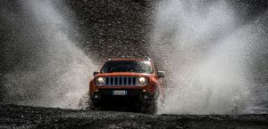 141205_Jeep_Renegade_01