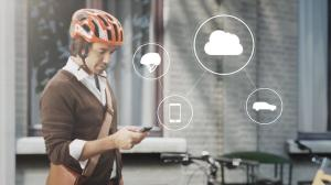 155740_World_first_technology_by_Volvo_and_POC_connects_cycle_helmets_with_cars