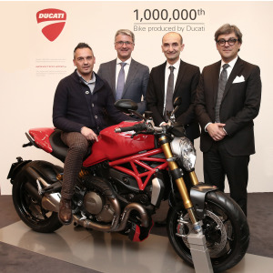 Da sin: Ernesto Passoni, Rupert Stadler (Audi Group CEO), Claudio Domenicali (CEO of Ducati Motor Holding), Luca De Meo (Member of the Board for Marketing and Sales, Audi AG)