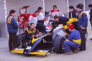 1984-11-Misano-test-Minardi-M185-Martini-37