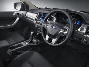 129827_New Ford Ranger 5_interior driver
